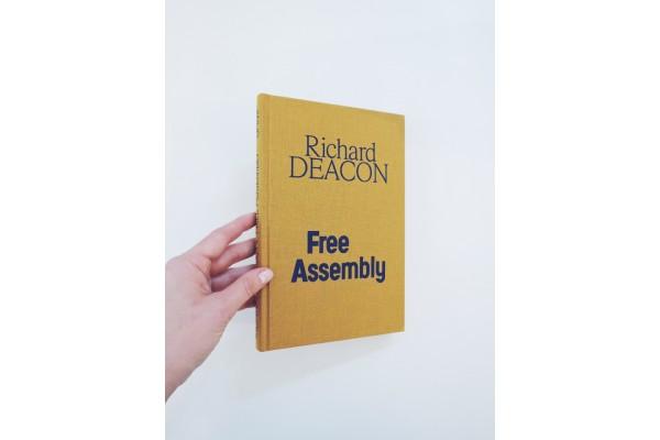 Free Assembly – Richard Deacon