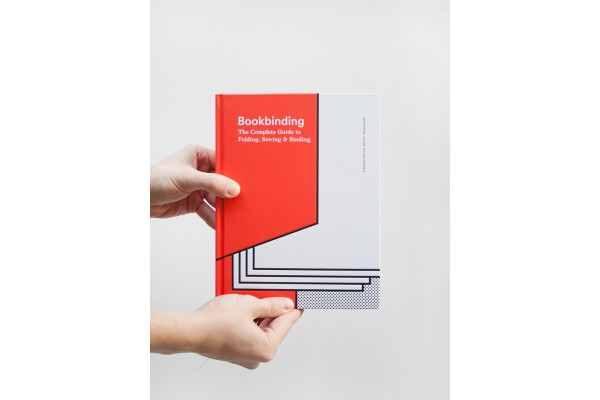 Bookbinding / The Complete Guide to Folding, Sewing & Binding – Franziska Morlok, Miriam Waszelewski