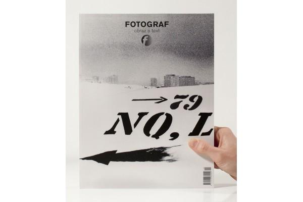 Fotograf č. 22 / Obraz a text