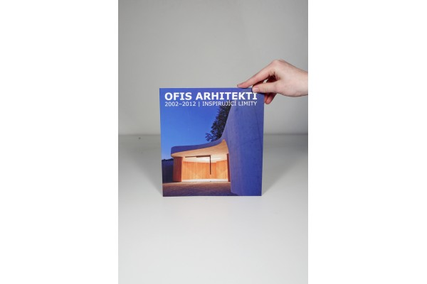 Ofis architekti 2002–2012 / inspirující limity /