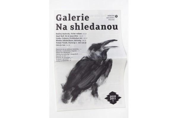 Galerie Na shledanou 2010/11 – Smuteční noviny pod stromeček