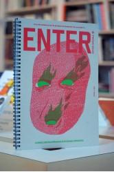 """Enter + francúzsko / """"Il y a des moments où je n'ai pas besoin de comprendre l'art au format A4."""""""