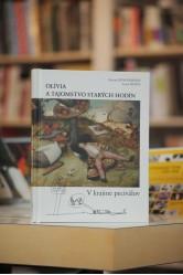 Olívia a tajomstvo starých hodín – v krajine peciválov / Zuzana Konopásková, Lucia Hanus