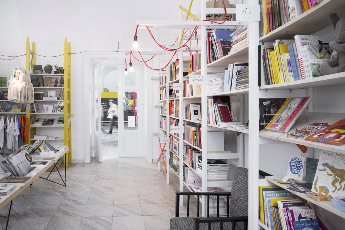 Knihkupectví ArtMap v Brně